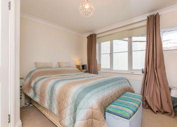 Godstone Road, Whyteleafe CR3. 2 bed flat