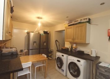 Thumbnail 5 bedroom shared accommodation to rent in Central Road, London