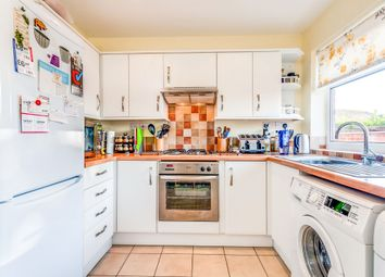 Thumbnail 1 bedroom flat for sale in Meadow View Road, Kennington, Oxford