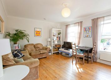 2 Bedrooms Flat to rent in Thorpedale Road, London N4