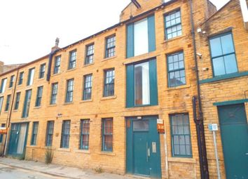 Thumbnail Studio to rent in Quebec Street, Bradford