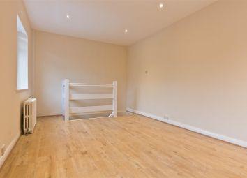 Thumbnail Studio to rent in Talbot Crescent, Hendon