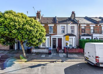Leopold Road, Harlesden NW10. 2 bed flat