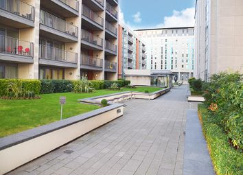 Thumbnail 3 bed flat to rent in Western Gateway, Royal Victoria, London