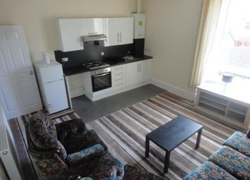 Thumbnail 2 bed flat to rent in Arklay Street, Dundee