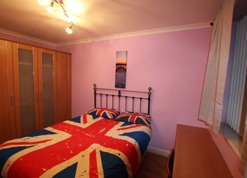 Thumbnail Room to rent in Victor Close, Hornchurch