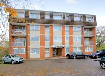 Thumbnail 2 bed flat to rent in Northumberland House, Ballards Lane, Finchley, London