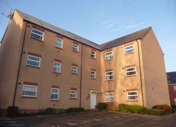 2 bed flat to rent in Walkers Way, Roade, Northampton NN7