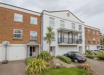 Thumbnail 4 bedroom property for sale in Thorne Close, Claygate, Esher