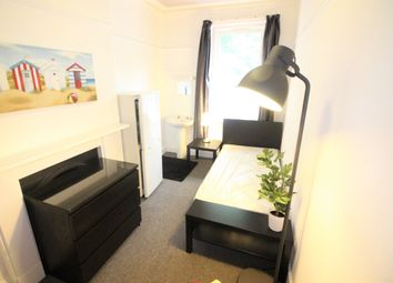 Thumbnail Room to rent in Crescent Road, Bournemouth