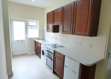 Thumbnail 1 bed flat to rent in Station Lane, Featherstone