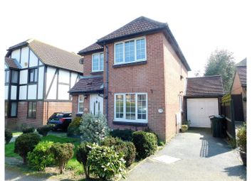 Thumbnail 3 bed detached house for sale in Greenacres Drive, Hailsham