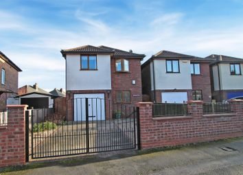 Thumbnail 4 bedroom detached house for sale in Highfield Drive, Carlton, Nottingham