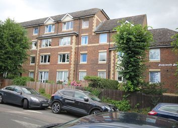 Thumbnail 1 bed flat to rent in Homewalk House, Jews Walk, Sydenham