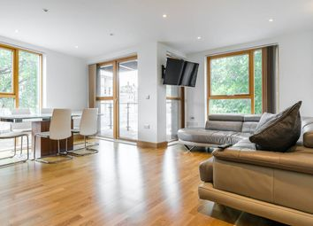 Thumbnail 2 bed flat to rent in New Kent Road, Southwark, London