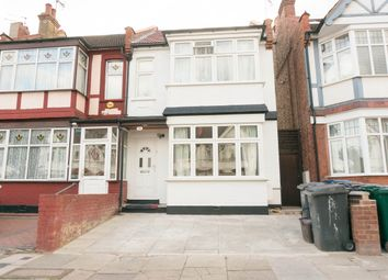 Thumbnail 4 bedroom flat to rent in Audley Road, Hendon, London