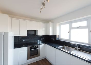 Thumbnail 3 bedroom flat to rent in Gordon Road, Brentwood