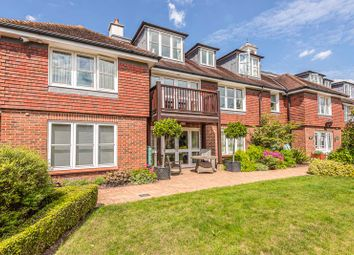 St. Marys Court, Beaconsfield HP9. 3 bed flat for sale