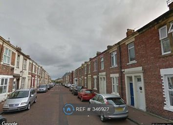 Thumbnail 3 bed flat to rent in Ripon Street, Gateshead