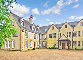 Goodwyns Place, Dorking, Surrey RH4. 2 bed flat