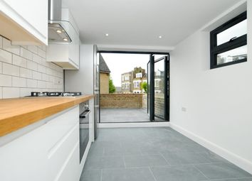 Thumbnail 1 bed flat to rent in Moundfield Road, London