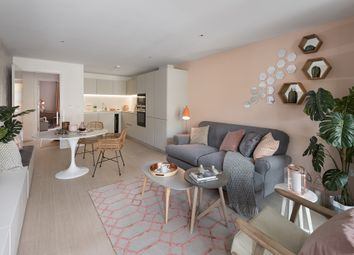Thumbnail 2 bedroom flat for sale in Packington Square, Islington, London