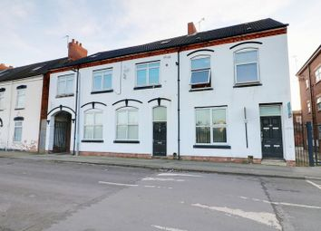 Thumbnail 1 bedroom flat for sale in Abbey Street, Hull