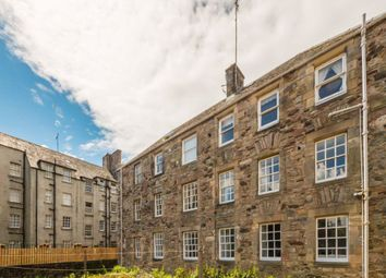 Thumbnail 2 bed flat to rent in Canongate, Old Town
