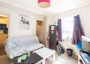 1 bed flat to rent in Uxbridge Road, London W12