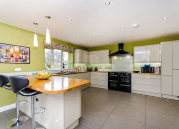 Thumbnail 5 bed property for sale in Farndon Road, Newark