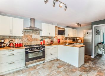 Thumbnail 3 bedroom town house for sale in Alma Road, Banbury