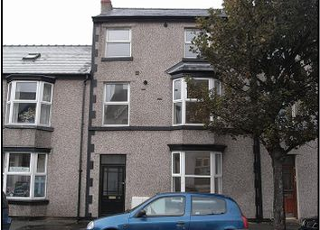 2 bed flat to rent in Elwy Street, Rhyl LL18