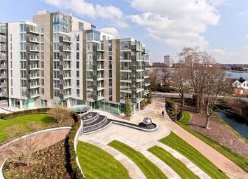 Thumbnail 2 bed flat for sale in Woodberry Down, London
