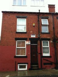2 bed property to rent in Kelso Gardens, Leeds LS2