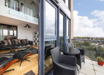 3 bed flat for sale in Parkside Avenue, London SE10