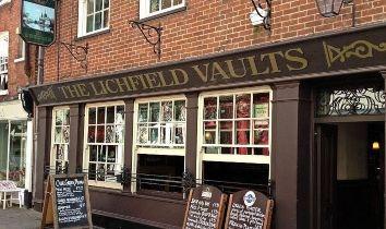 Thumbnail Pub/bar for sale in Church Street, Hereford