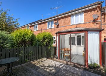 Thumbnail 1 bed town house for sale in Deepwell View, Halfway, Sheffield