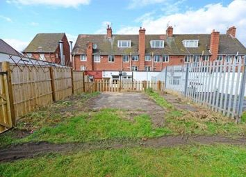 Thumbnail 4 bed terraced house for sale in 34A Walton Drive, Chesterfield, Derbyshire