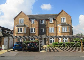 Thumbnail 2 bedroom flat to rent in Quarry Close, Gravesend