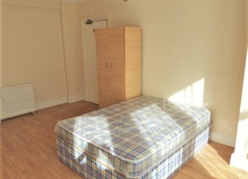 Thumbnail Studio to rent in The Observatory, High Street, Slough