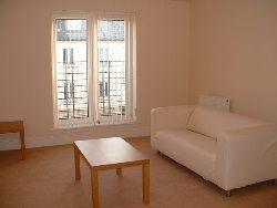 Thumbnail 2 bed flat to rent in Hopetoun Crescent, Leith, Edinburgh