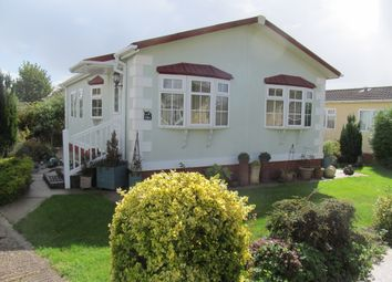 Thumbnail 2 bed mobile/park home for sale in Daunstey Lane, Weyhill, Andover, Hampshire