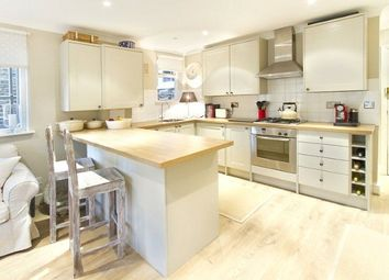Thumbnail 2 bed flat to rent in Wandsworth Bridge Road, Fulham Broadway, London