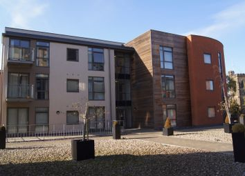 Thumbnail 2 bed flat to rent in Greenslade House, Beeston