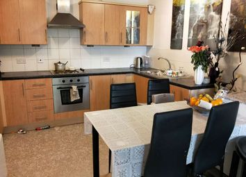 Thumbnail 3 bed flat to rent in Osiers Road, Putney
