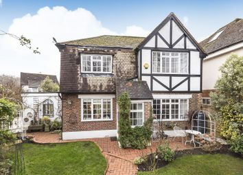 Foley Road, Claygate, Esher KT10. 3 bed detached house for sale