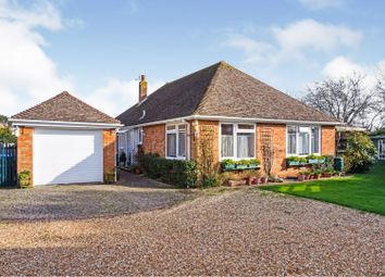 Downlands Close, Pagham, Bognor Regis PO21. 3 bed detached bungalow for sale