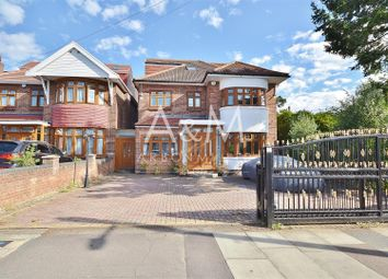 5 bed detached house for sale in Lord Avenue, Clayhall, Ilford IG5