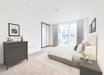 Thumbnail 3 bedroom flat for sale in Taper Building, 175 Long Lane, London