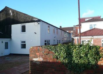 Thumbnail 6 bed flat to rent in Lodge Road, Southampton